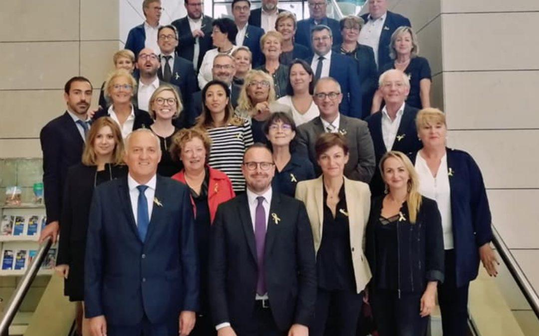 Mobilisation de M. le Président Xavier Bertrand, de M. Grégory Tempremant et les conseillers régionaux contre les cancers pédiatriques