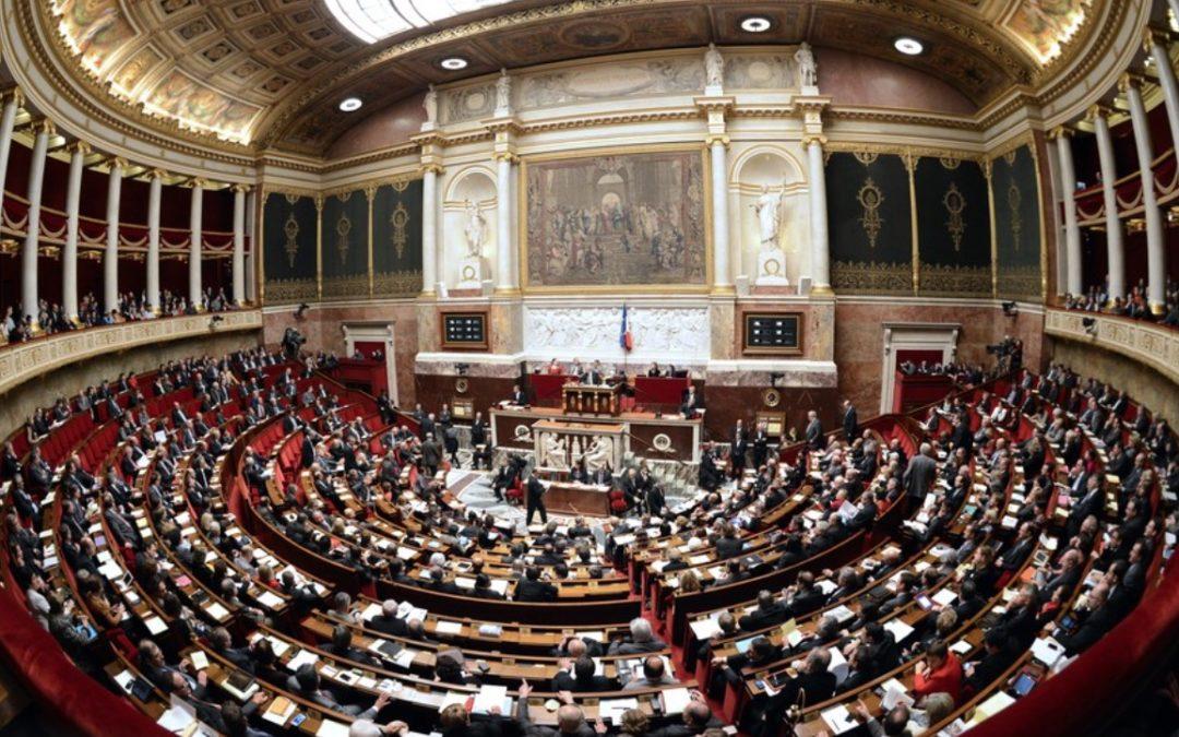 A l'unanimité, l'Assemblée Nationale rallonge le congé pour le deuil d'un enfant