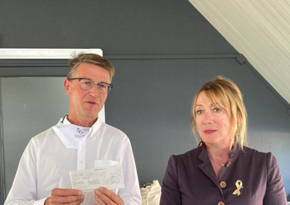 Le Rotary remet un chèque de 5000 euros pour la recherche sur le DIPG